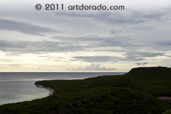 Later in de middag nam de bewolking toe: Playa Largu vanaf Cas Abao, Curacao, 16.35 uur.